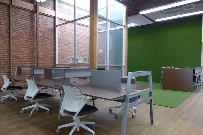 Virtual Office location in S Broadway